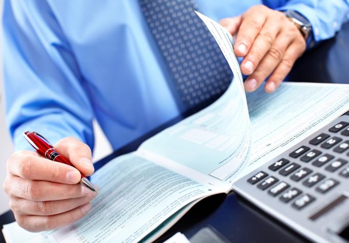 Cách hạch toán tiền thuê văn phòng chính xác và hợp lý