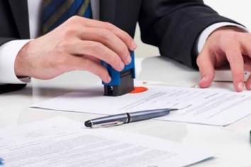 Hợp đồng cho thuê văn phòng có phải công chứng hay không?