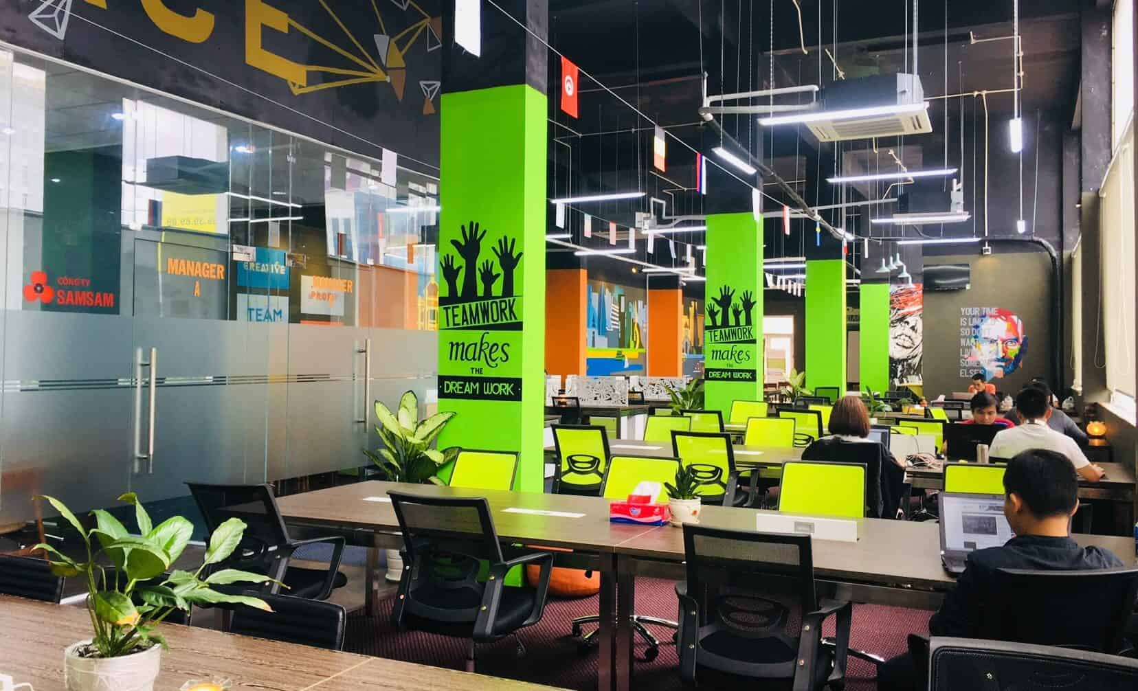 Văn phòng khang trang, đầy đủ tiện ích mang đến nhiều thành công và may mắn trong công việc
